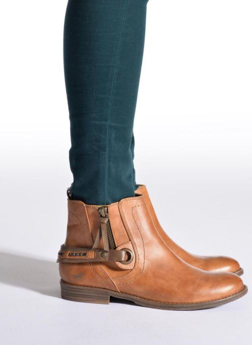 Ankle boots Mustang shoes Isauris Brown view from underneath / model view