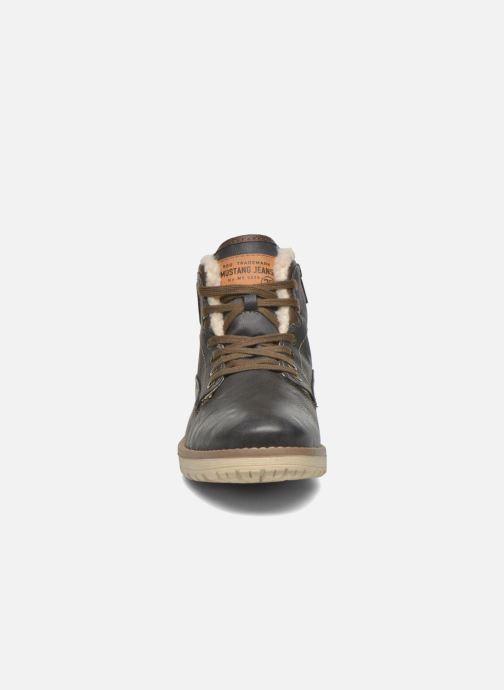 Bottines et boots Mustang shoes Legsar Gris vue portées chaussures