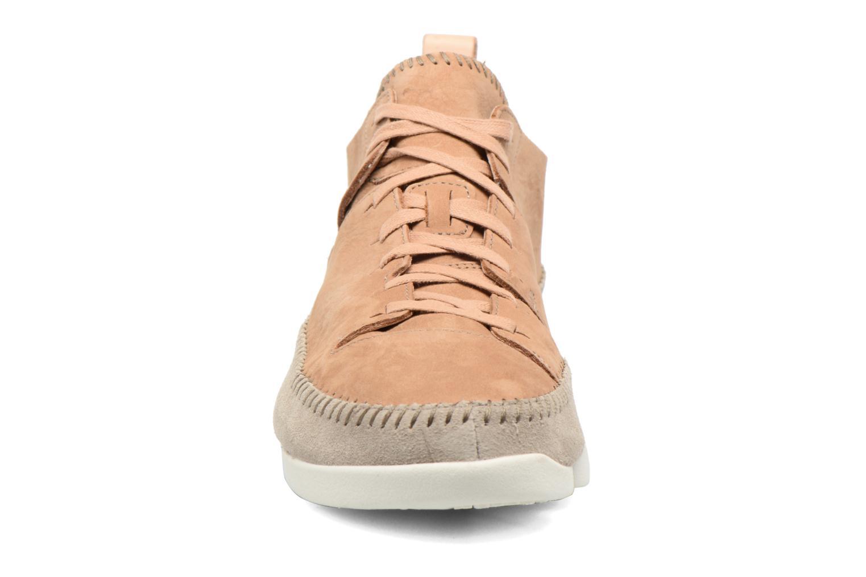 Baskets Clarks Originals Trigenic Flex M Marron vue portées chaussures