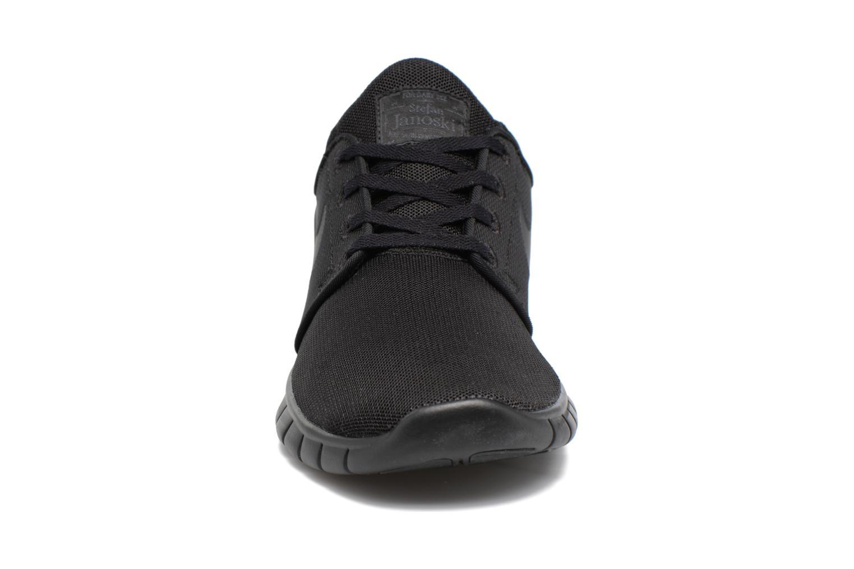Baskets Nike Stefan Janoski Max Noir vue portées chaussures