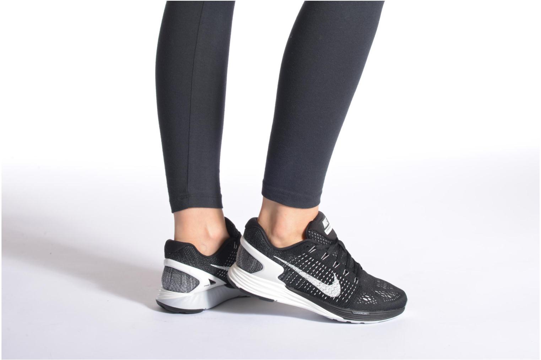 Chaussures de sport Nike Wmns Nike Lunarglide 7 Noir vue bas / vue portée sac