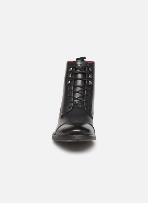 Boots en enkellaarsjes Base London Clapham Zwart model