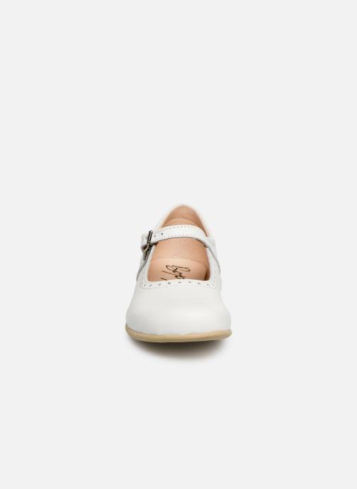 Ballerines Bopy Savenay Blanc vue portées chaussures