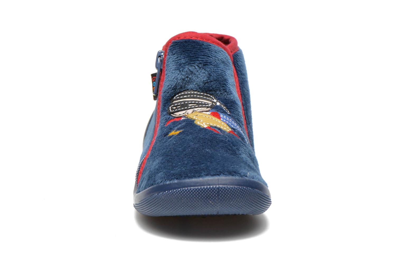 Chaussons Bopy Amask Bleu vue portées chaussures