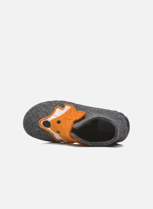 Pantuflas Superfit Happy Gris vista lateral izquierda
