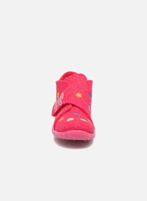 Pantuflas Superfit Happy Rosa vista del modelo
