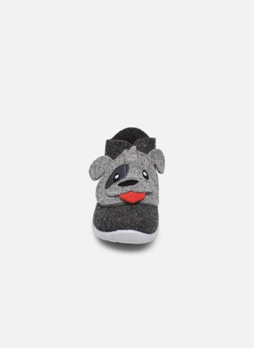 Chaussons Superfit Happy Gris vue portées chaussures