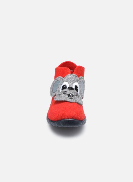 Pantofole Superfit Happy Rosso modello indossato