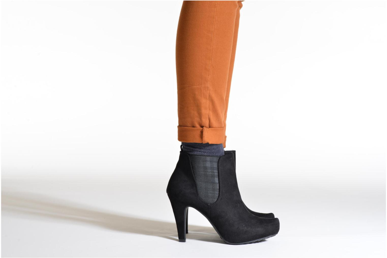 Bottines et boots Marco Tozzi Oracle Noir vue bas / vue portée sac