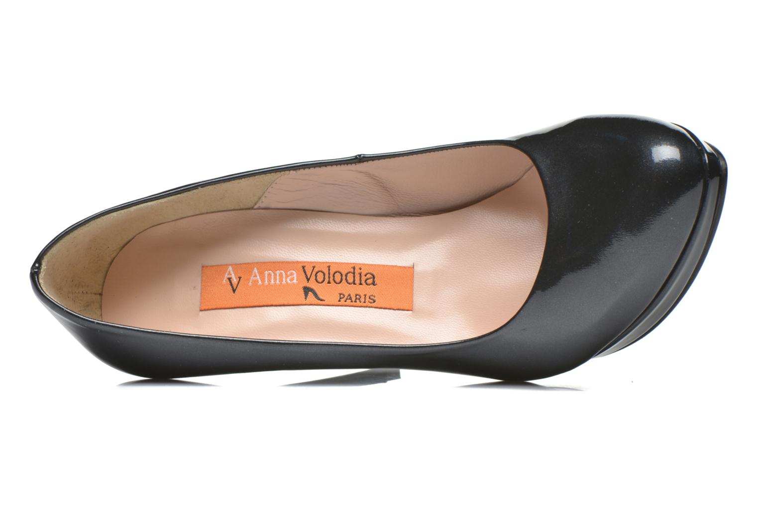 High heels Anna Volodia Copla Black view from the left