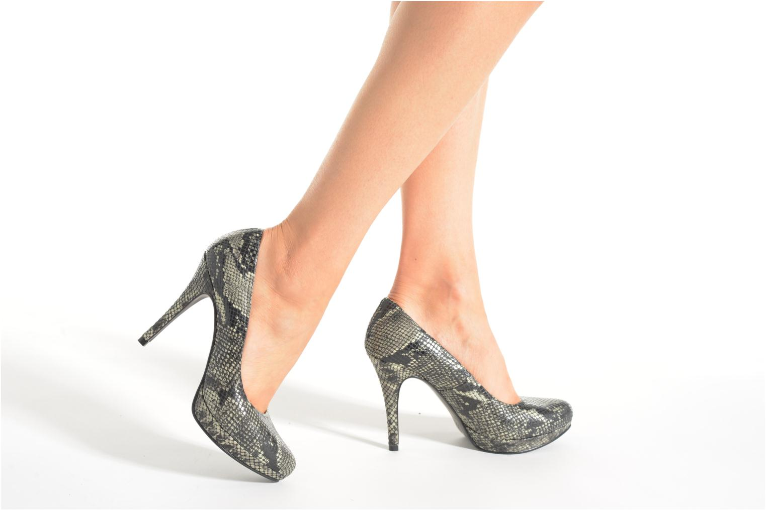 High heels Anna Volodia Copla Beige view from underneath / model view