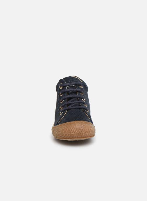 Zapatos con cordones Naturino Cocoon Azul vista del modelo