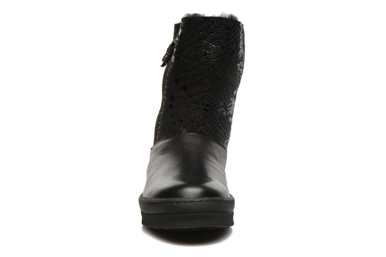 Boots & wellies Unisa Caterina Black model view