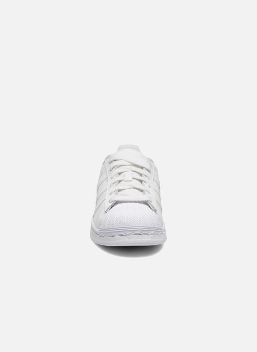 Baskets adidas originals Superstar Foundation W Blanc vue portées chaussures