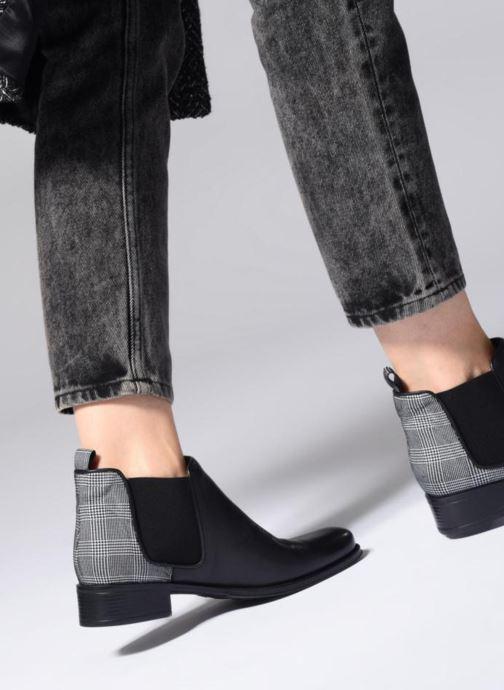 Bottines et boots Made by SARENZA Retro Dandy Boots #9 Noir vue bas / vue portée sac