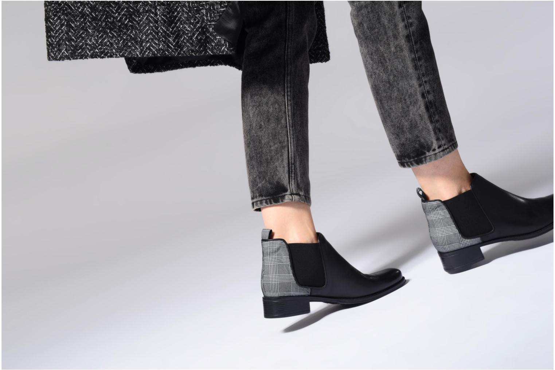 Bottines et boots Made by SARENZA Busy Girl Bottines Plates #4 Noir vue bas / vue portée sac