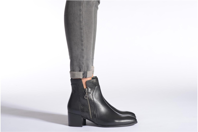 Bottines et boots Karston Hefiji Noir vue bas / vue portée sac