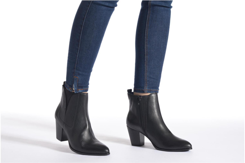 Bottines et boots Karston Oblada Noir vue bas / vue portée sac