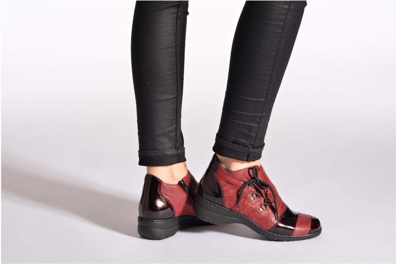 Chaussures à lacets Rieker Fleur L4334 Bordeaux vue bas / vue portée sac