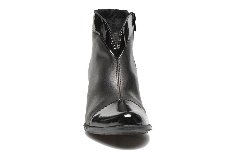 Bottines et boots Rieker Sally Z7664 Noir vue portées chaussures