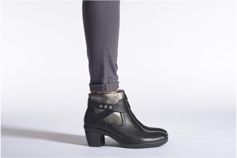 Bottines et boots Rieker Laet 70252 Noir vue bas / vue portée sac