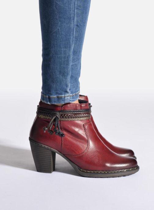 Bottines et boots Rieker Alice 55298 Bordeaux vue bas / vue portée sac