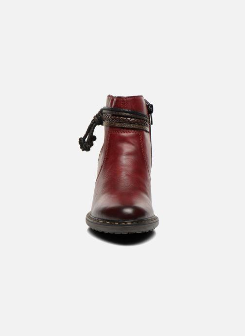 Boots Rieker Alice 55298 Vinröd bild av skorna på