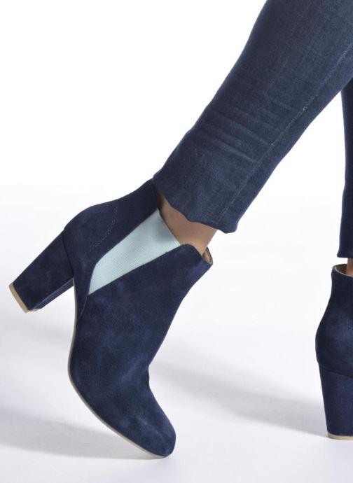 Stiefeletten & Boots Shoe the bear Hannah schwarz ansicht von unten / tasche getragen