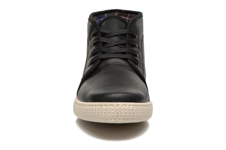 Baskets Victoria Chukka Piel Noir vue portées chaussures