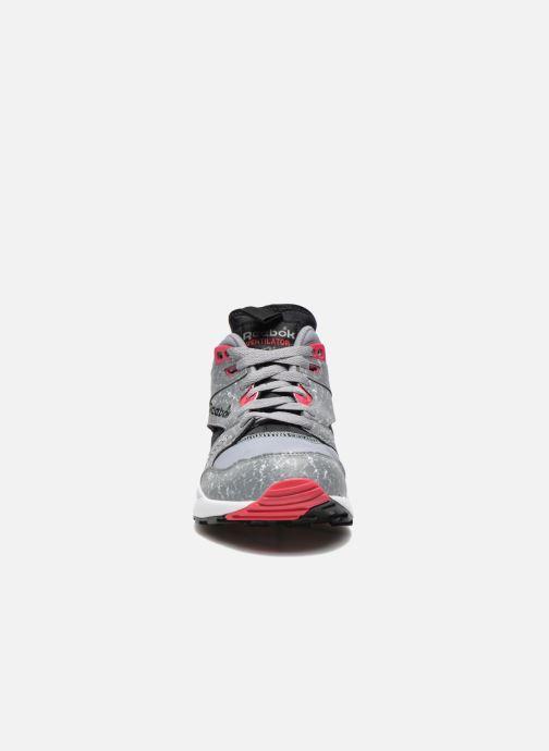 Sneaker Reebok Ventilator Mid Boot Aog grau schuhe getragen