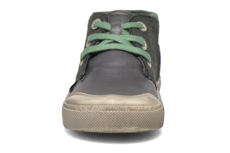 Baskets Kickers Cuzvineb Vert vue portées chaussures