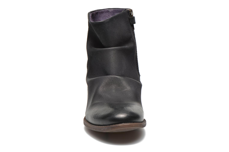 Bottines et boots Kickers Robber Noir vue portées chaussures