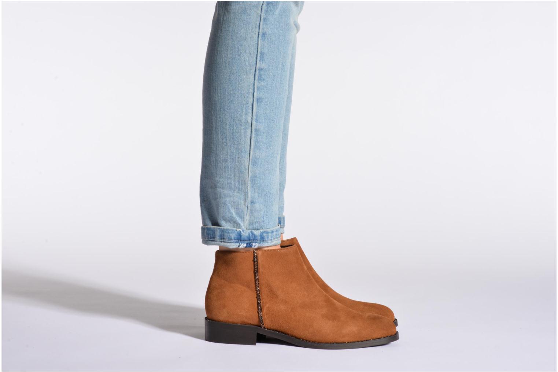 Bottines et boots COSMOPARIS Vonella Marron vue bas / vue portée sac