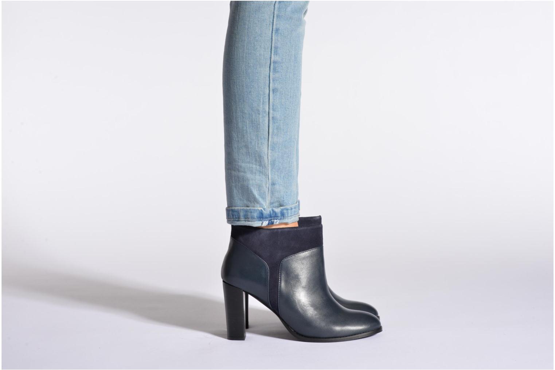 Bottines et boots COSMOPARIS Valaya/bi Noir vue bas / vue portée sac