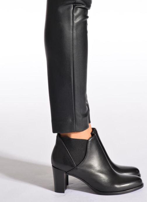 Bottines et boots COSMOPARIS Bamia Noir vue bas / vue portée sac