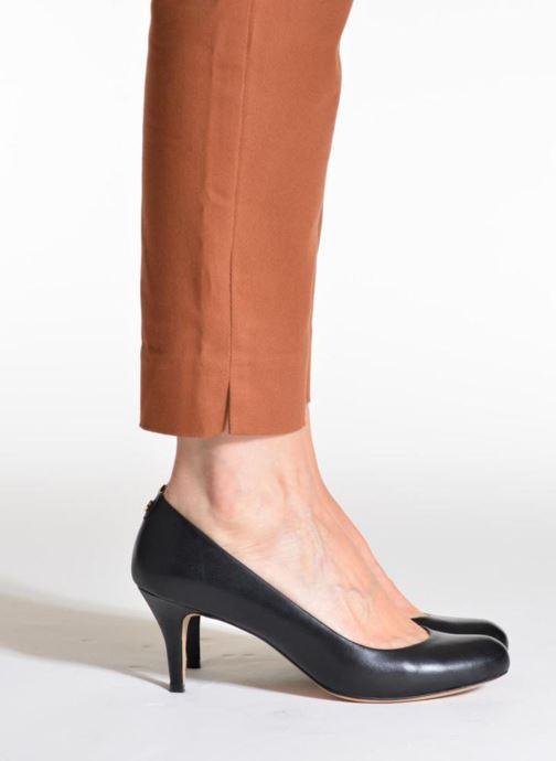 Zapatos de tacón COSMOPARIS Jennie Negro vista de abajo
