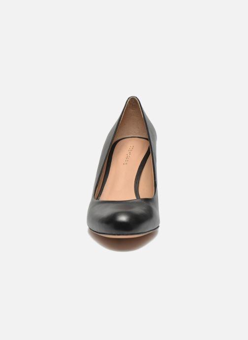 Zapatos de tacón COSMOPARIS Jennie Negro vista del modelo