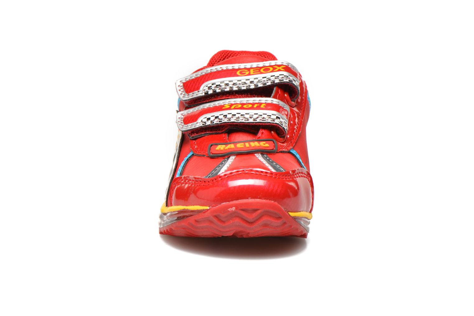 Baskets Geox B Todo B. B Rouge vue portées chaussures