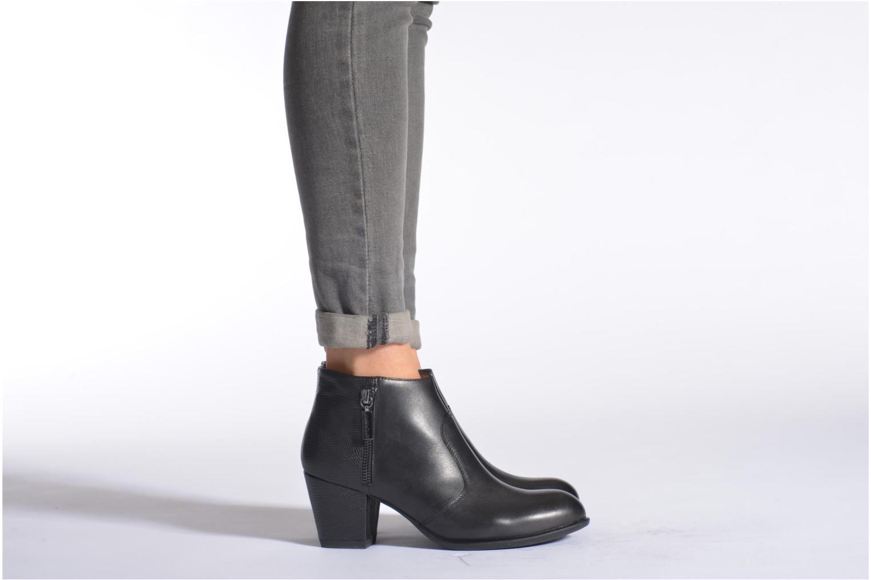 Bottines et boots Stonefly Macy 3 Noir vue bas / vue portée sac