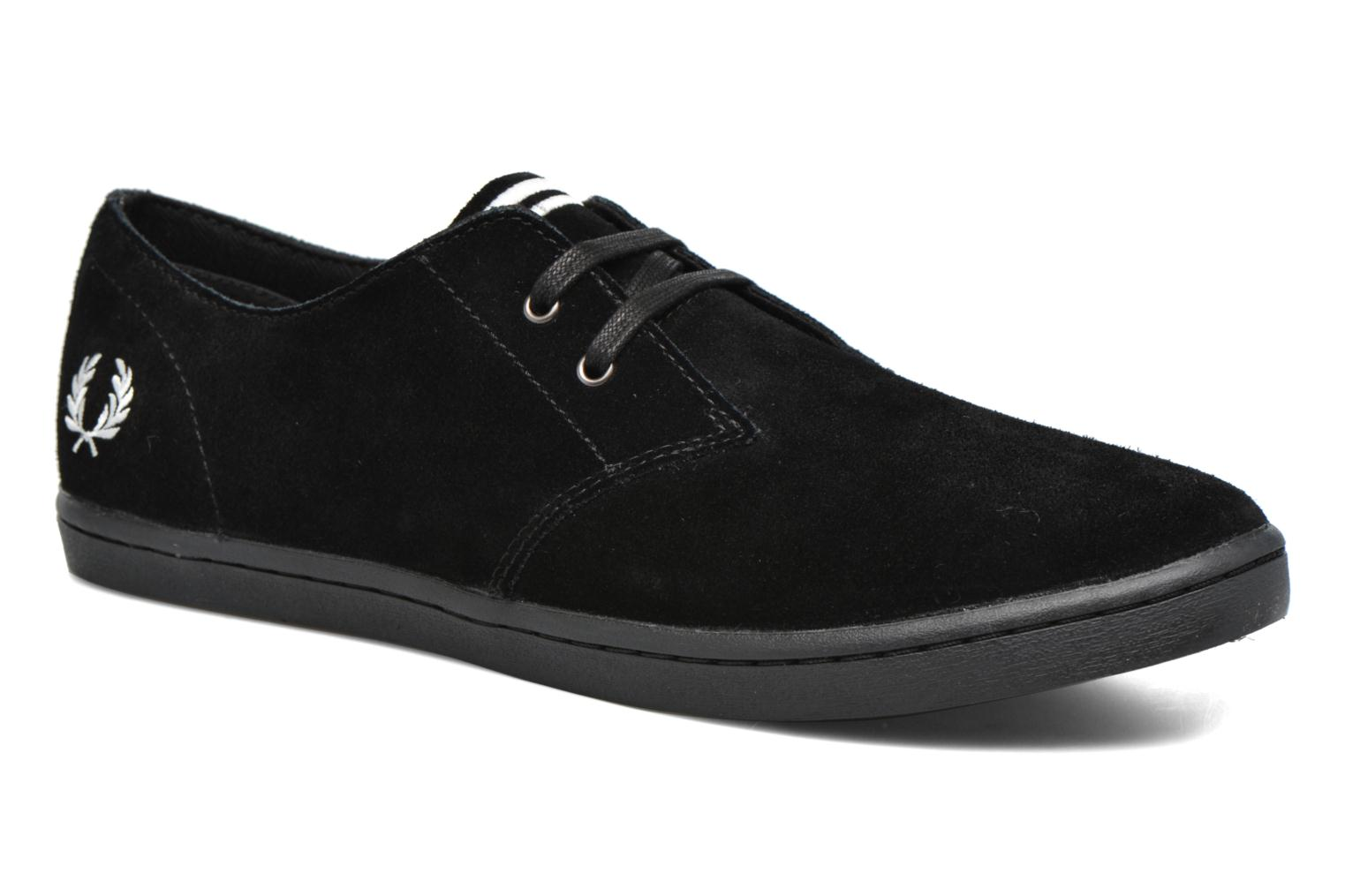 Baskets Fred Perry Byron Low Suede Noir vue détail/paire