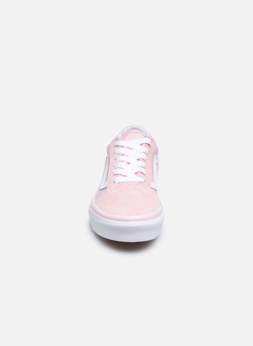 Sneakers Vans Old Skool E Rosa modello indossato