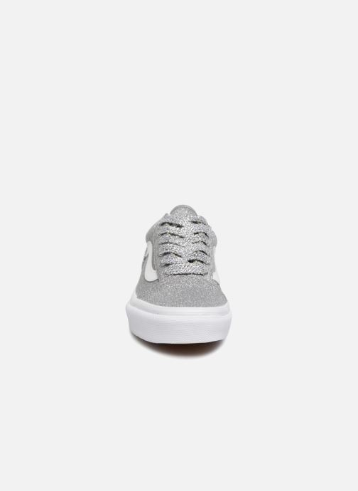 Sneaker Vans Old Skool E silber schuhe getragen
