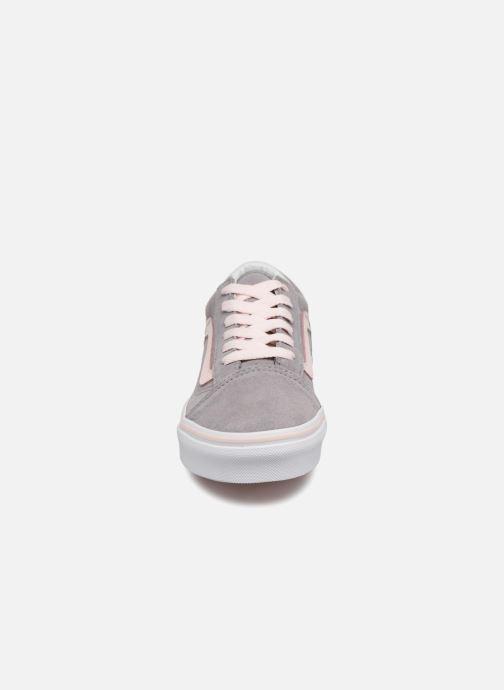 Sneaker Vans Old Skool E grau schuhe getragen