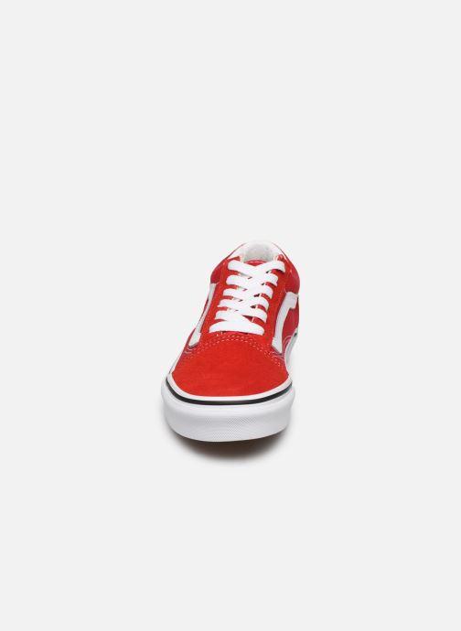 Sneakers Vans Old Skool E Rosso modello indossato