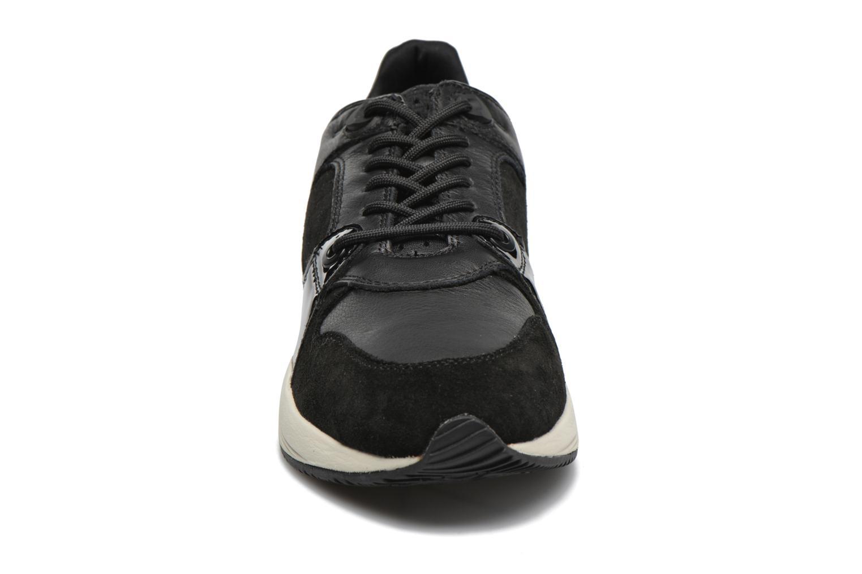 Sneaker Geox D OMAYA A D540SA schwarz schuhe getragen