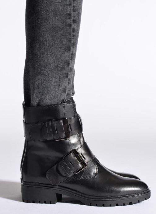 Boots en enkellaarsjes Geox D PEACEFUL C D540GC Zwart onder
