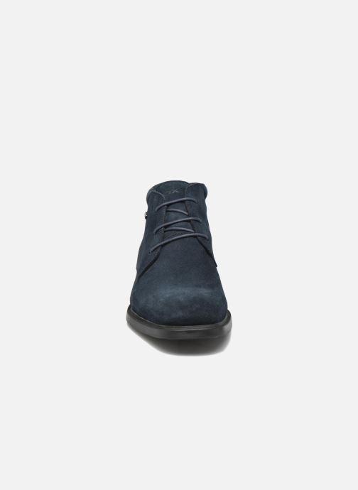 Scarpe con lacci Geox U BRAYDEN 2FIT ABX D U54N1D (Impermeabili) Azzurro modello indossato