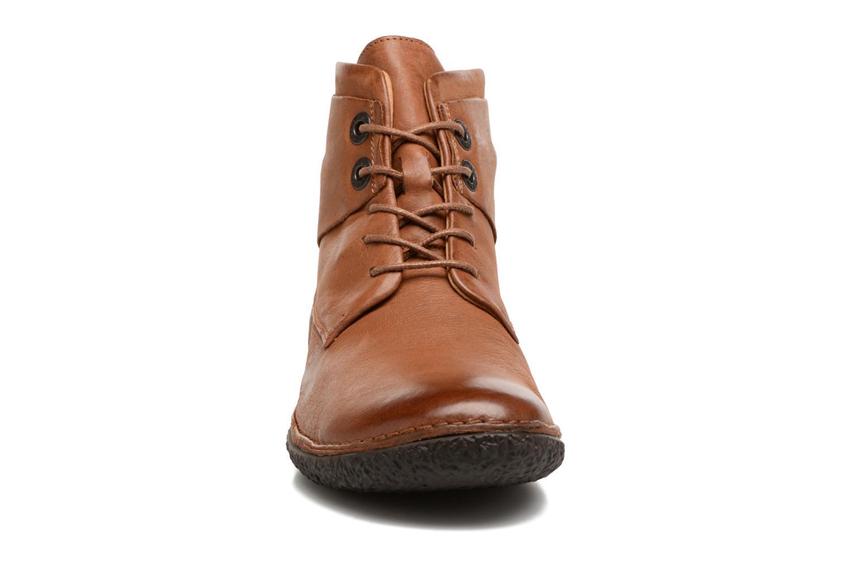 Bottines et boots Kickers HOBYLOW Marron vue portées chaussures