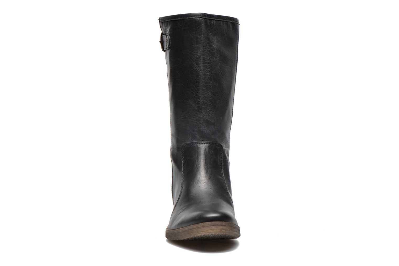 Bottines et boots Kickers Milanaise Noir vue portées chaussures
