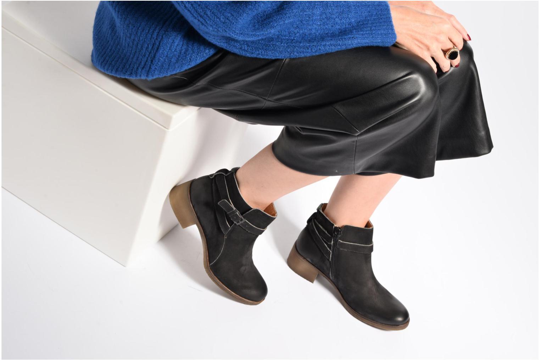 Boots en enkellaarsjes Kickers Mila Bruin onder